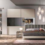 Camera da letto con televisore